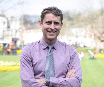 Professor Andrew Knight_Card
