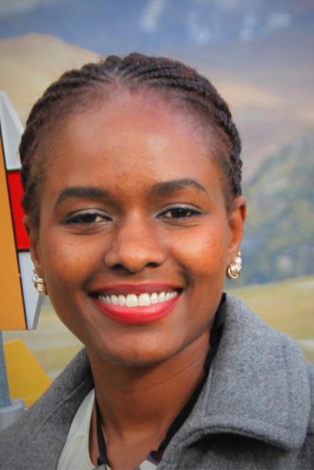 Esther Onayngo