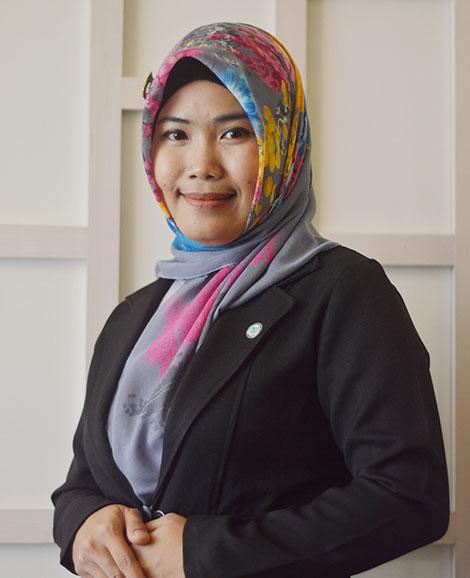 Dr Nur Hidayah
